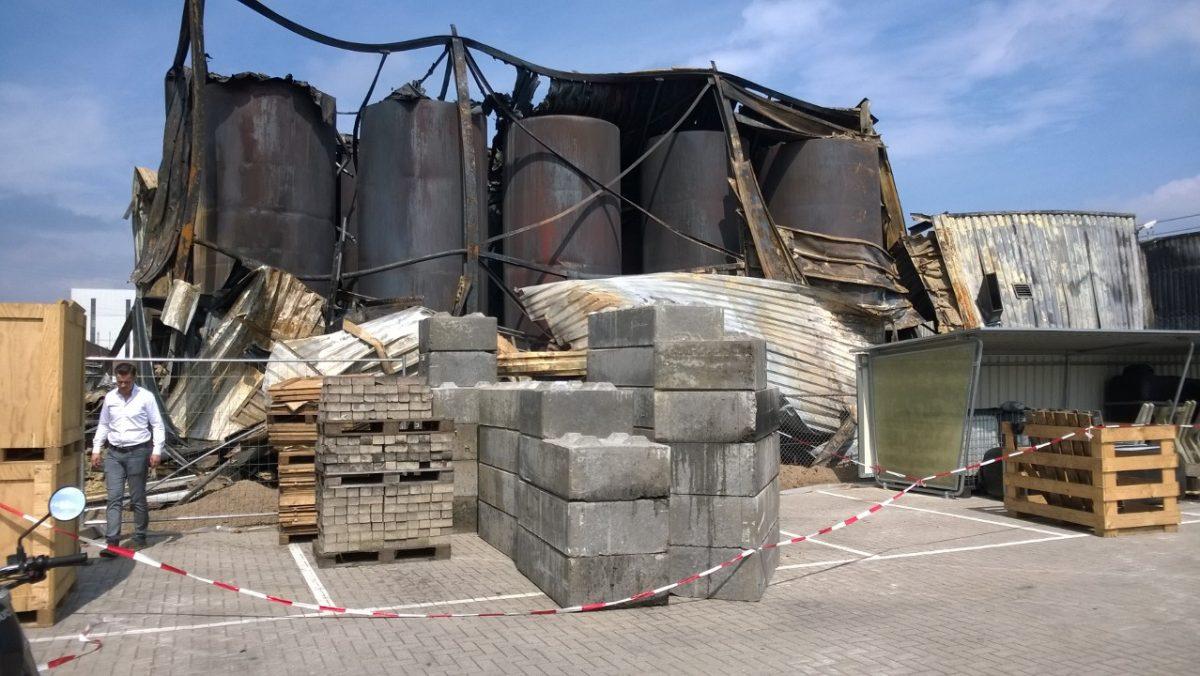Sloop bedrijfslocatie te Helmond